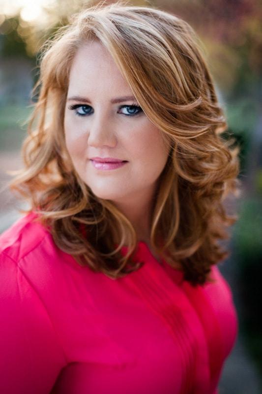 professional portrait, pretty headshot, female headshot, business portrait, Website portrait, personal branding